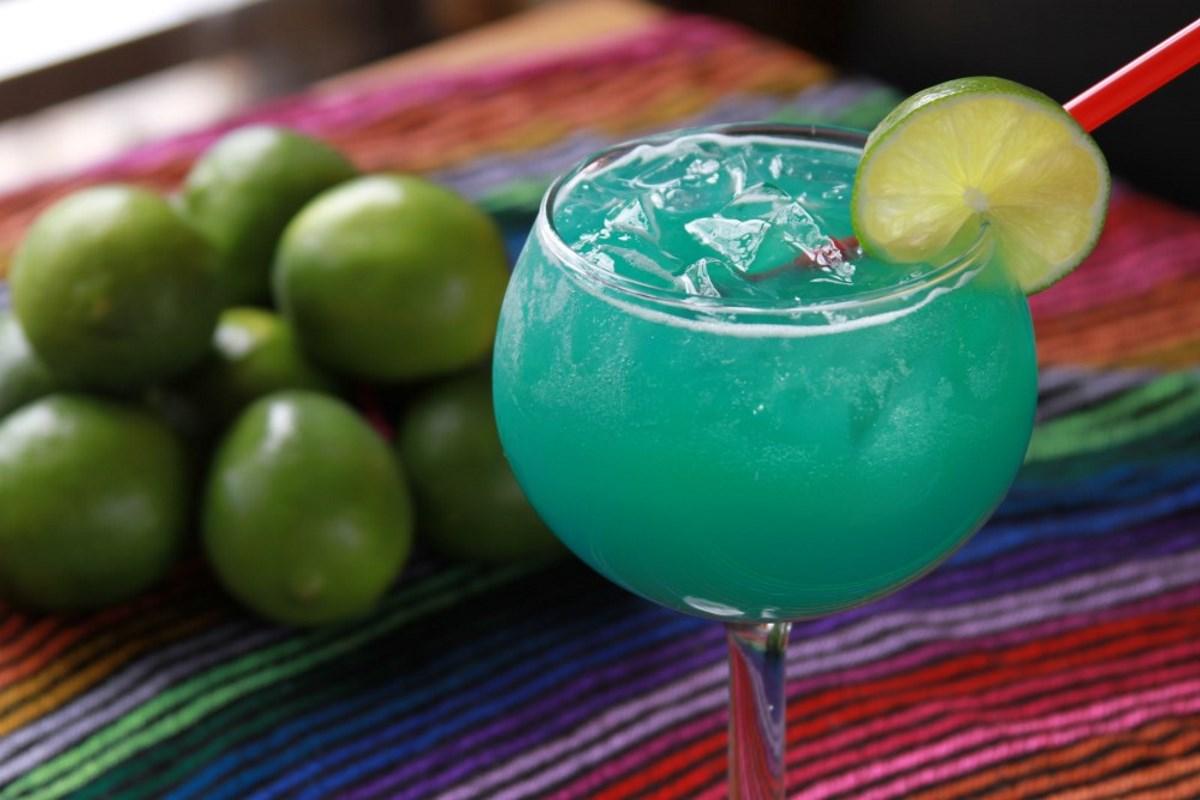 Cesars Killer BLUE CURACAO Margarita